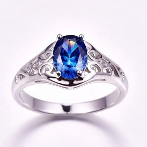 Jewelry - Sz 7 925 Stamped Sterling Silver & Tanzanite Ring